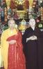 Yin Zhi Shakya junto al Ven. Fat Wai
